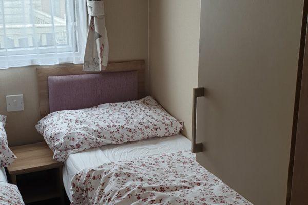 Twin_room_1