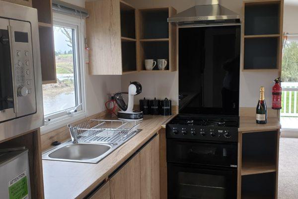 CW118 kitchen 1