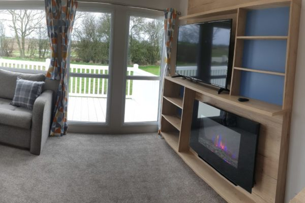CW118 living room1