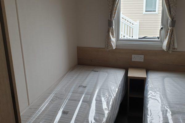 CW118 twin room 2