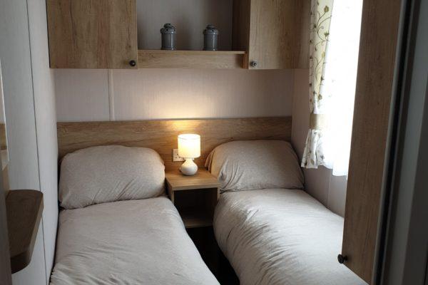 CW59 Twin room 2